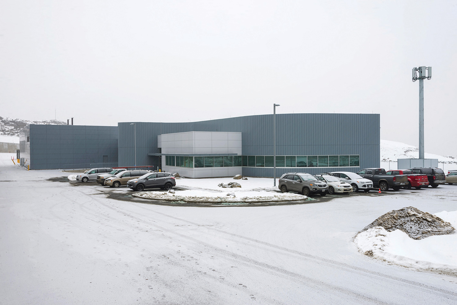 Figure 1. Exterior photo of the Kamloops SIDC